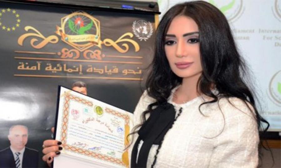 """من هي الروائية اللبنانية التي أصبحت نائبة للبرلمان الدولي لعلماء/لعالمات التنمية البشرية ورئيسة لـ""""هيئة تمكين المرأة؟"""