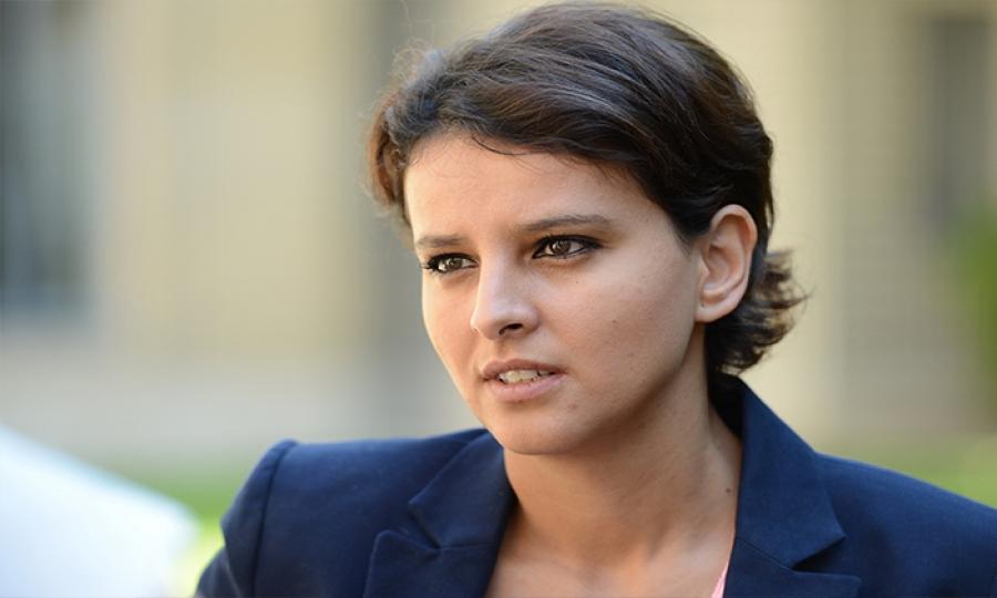 الوزيرة المغربية الأصل نجاة بلقاسم تكرس اللغة العربية لغة رسمية في مدارس فرنسا لأول مرة في التاريخ