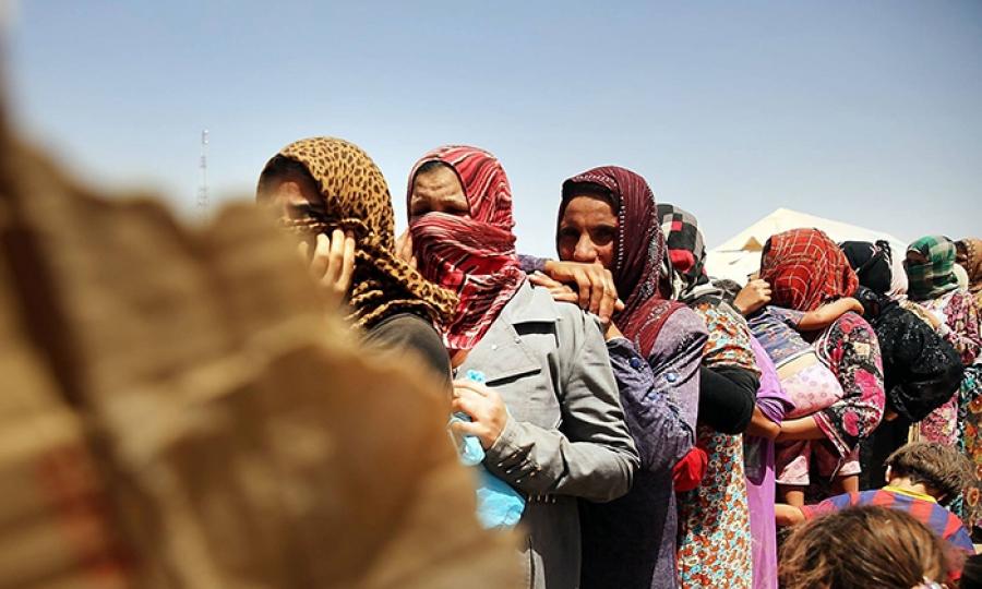"""""""داعش"""" يبيع المرأة بألف دولار"""
