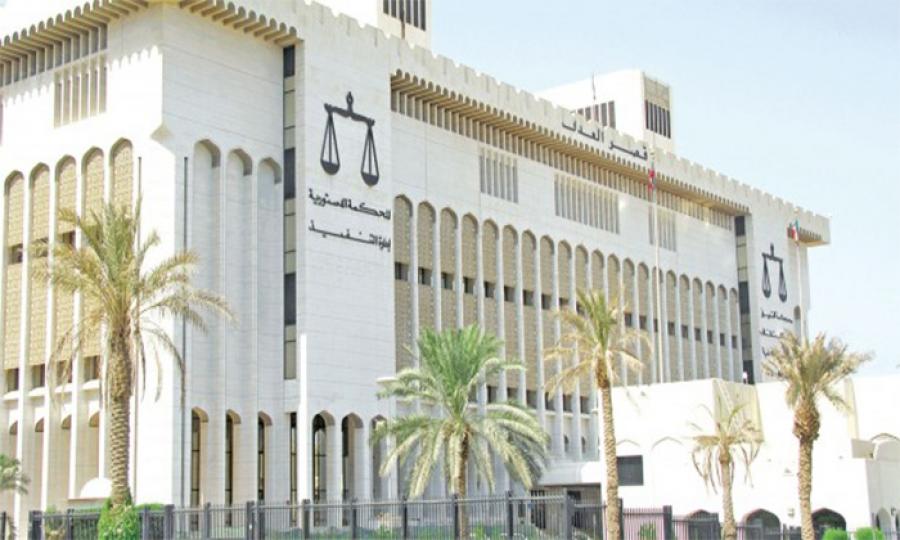 المرأة الكويتية إلى سلاح الطعون درّ