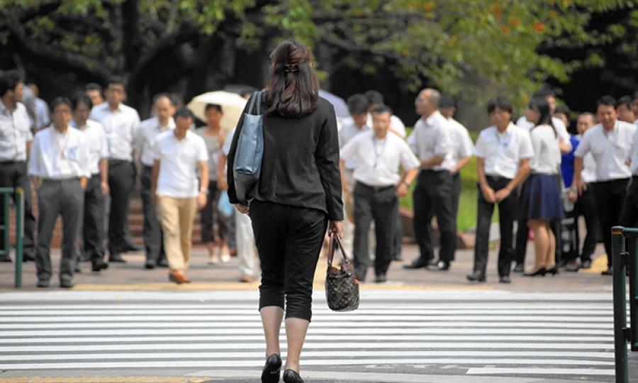التحرش الجنسي تتعرض له  ثلث النساء العاملات في اليابان