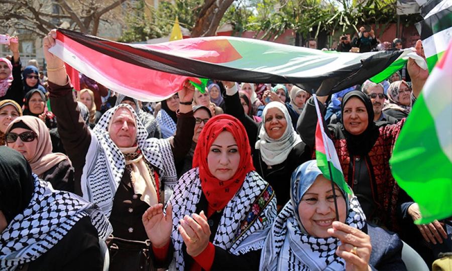 إلغاء إجازة يوم المراة في غزة