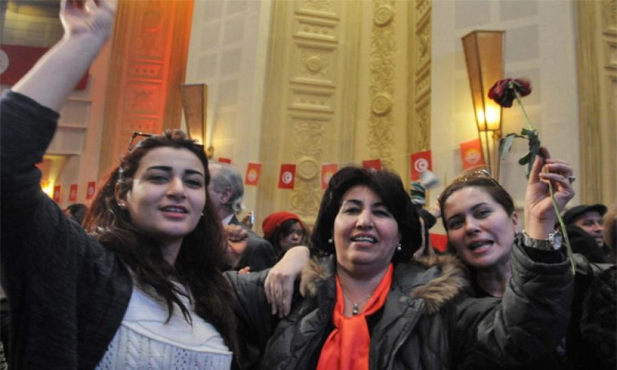 بعد سبعة عقود …المرأة تقتحم الجسم النقابي في تونس