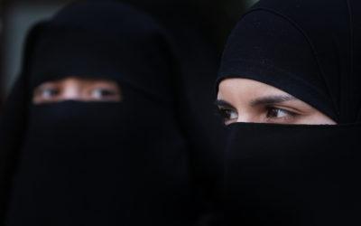الحجاب والنقاب من الدين إلى الإجبار المجتمعي في مصر