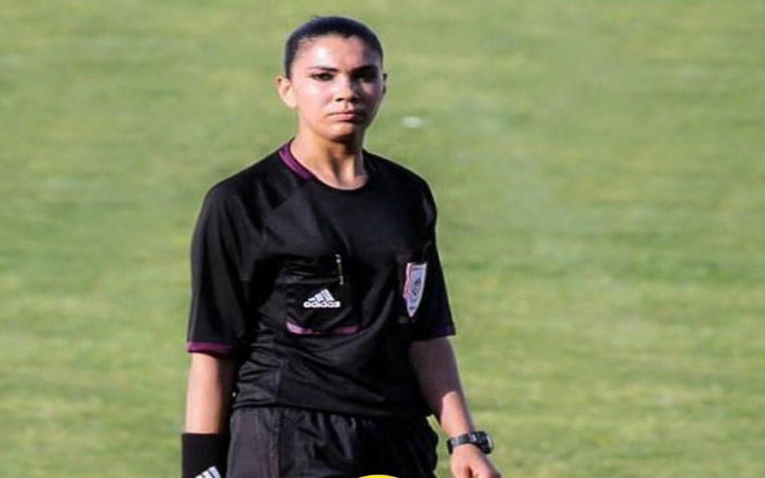 أوّل حكمة عربية وإفريقية تدير مباراة كرة قدم في دوريات الدرجة الأولى للرجال