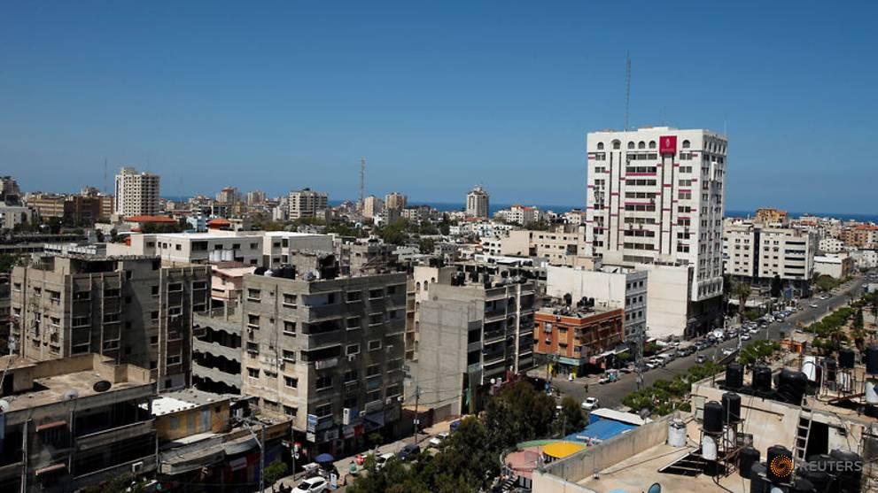 ثلاث بنات يتبرأن من والدهنّ في قطاع غزة