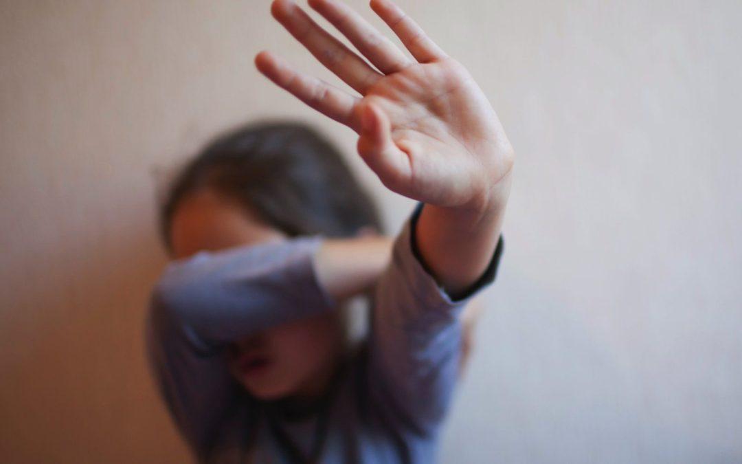 هل تُطمَس قضية الطفلة التي اغتصبها والدها في الضفة الغربية؟